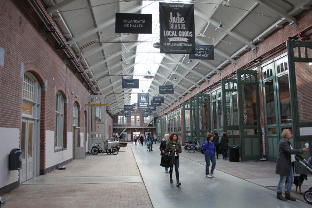 De-Foodhallen-Amsterdam-De-Hallen